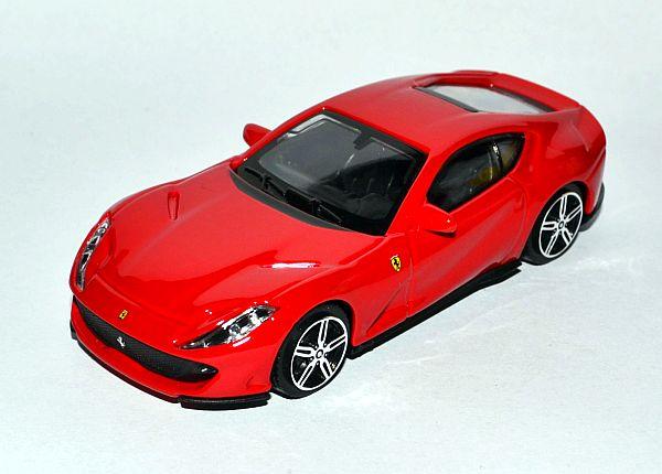 Ferrari 812_Px
