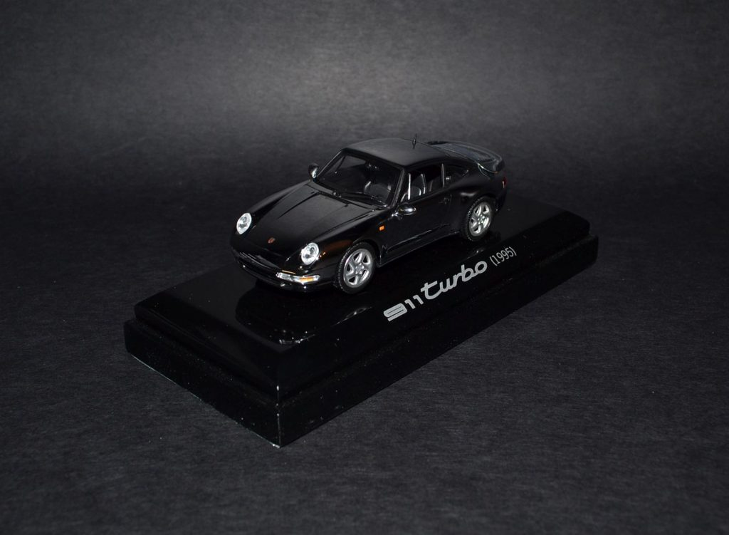 Chrom Porsche Turbo 1995_4x
