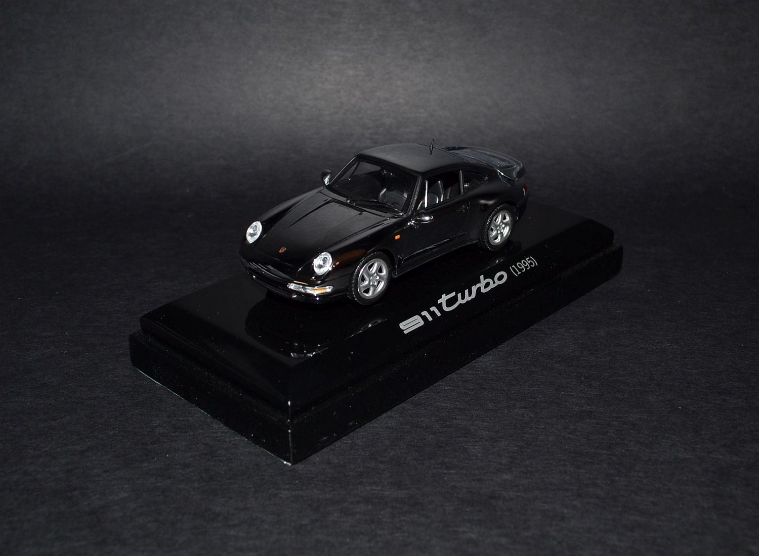 Porsche Chrom Minichamps part one