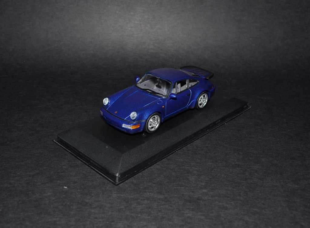 Minichamps Porsche 911 Turbo 964 blue_4x