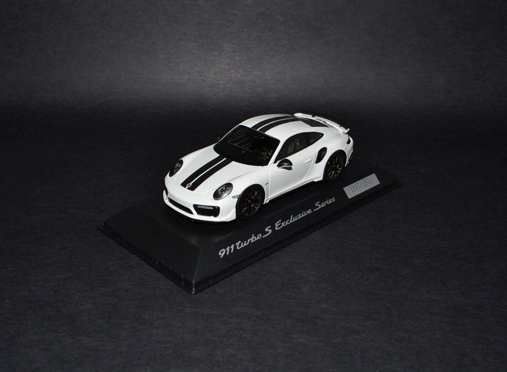 Spark Porsche 911 Turbo S Exclusive Series white_4