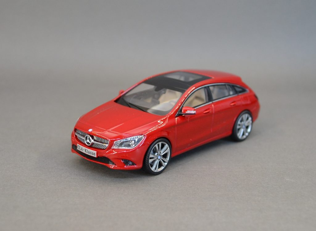 Mercedes CLA shootingbrake red 6