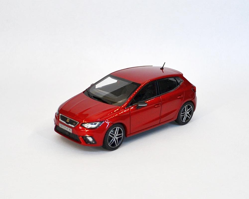 Seat Ibiza FR V dark red_7