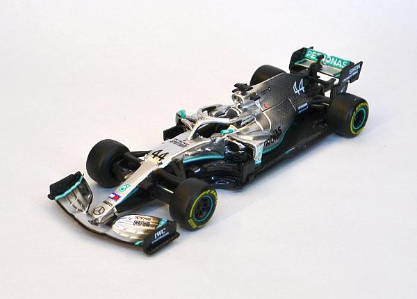 Mercedes F1 W10 EQ Lewis Hamilton 44_4